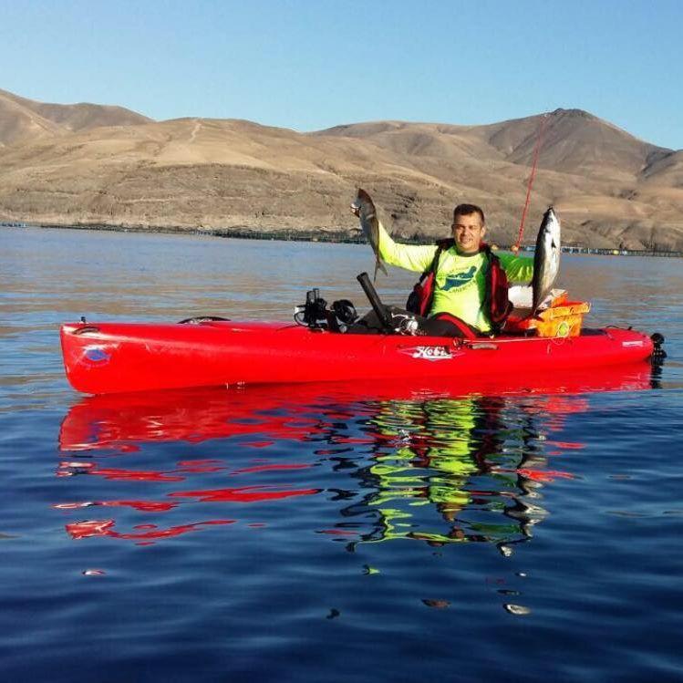 pesca al vivo desde kayak