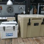 Neveras de pesca de diferentesa tamaños y capacidad